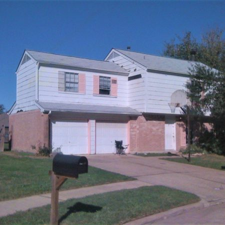 Verrett Siding and Windows before remodelers - Master Remodelers Tx